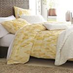kollane voodipesu