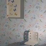 Tapeet Mustrist ja tool IKEAst