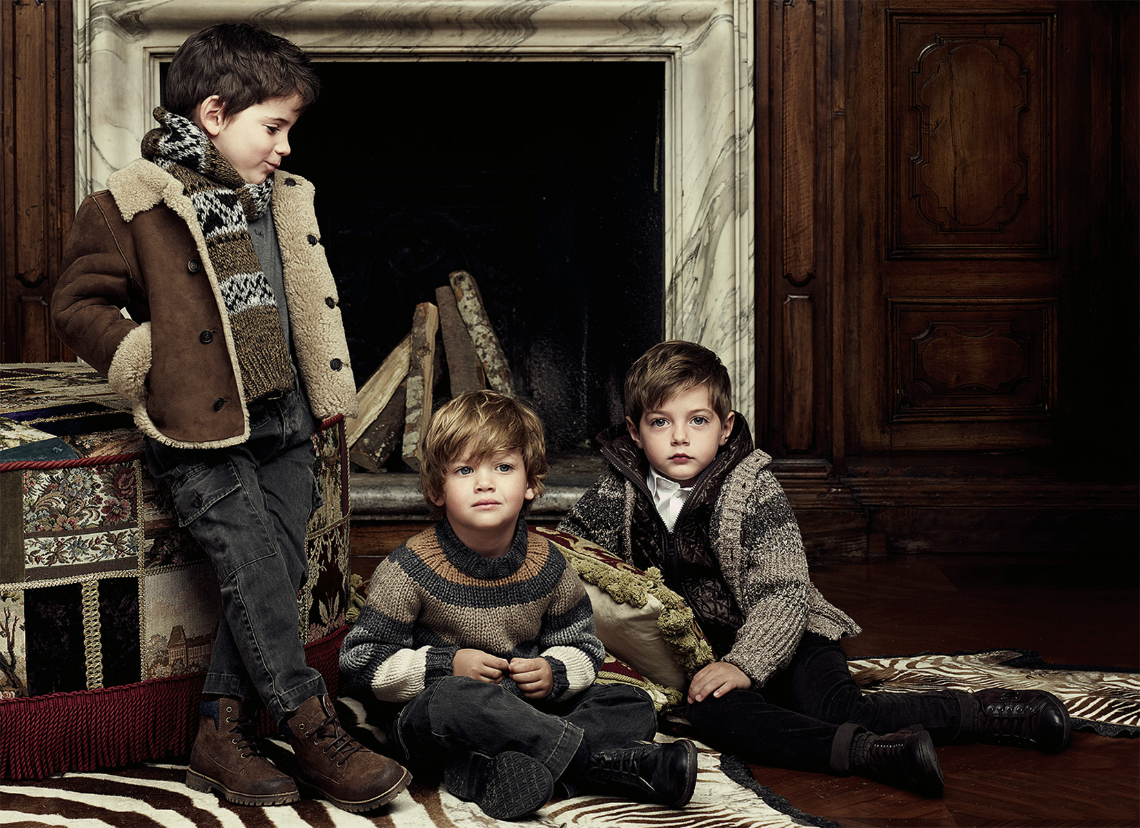 http-::www.dolcegabbana.com:dg:collection:kids:gallery: